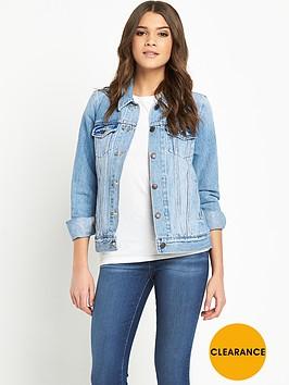 levis-denim-trucker-jacket