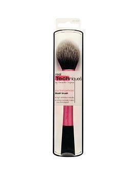 real-techniques-blush-brush