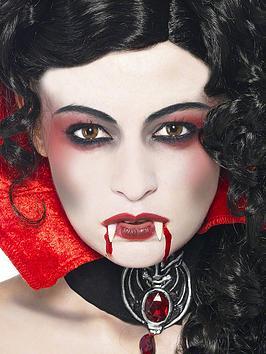 halloween-vampire-make-up-kit