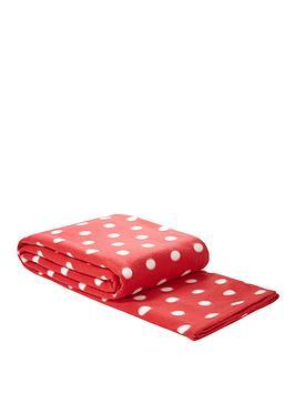spot-printed-fleece-blanket-red