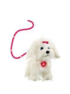 animagic-new-fluffy-goes-walkies