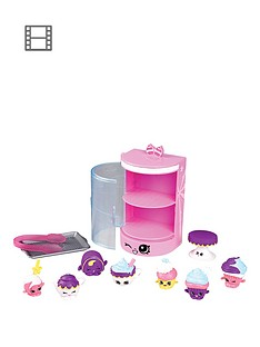 shopkins-food-deluxe-packs-cupcake-cafe