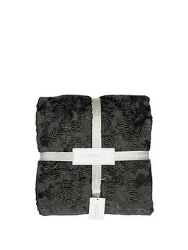 ted-baker-pierre-throw