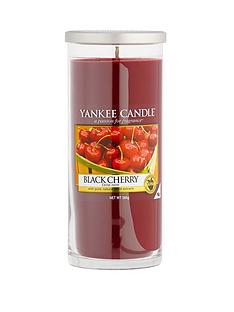 yankee-candle-large-decor-pillar-black-cherry