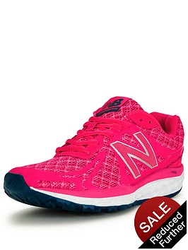 new-balance-w720v3-running-trainers