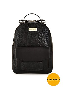claudia-canova-backpack