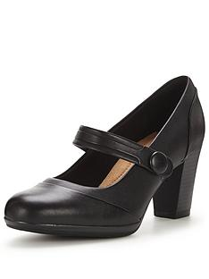 clarks-brynn-mare-mary-jane-shoe