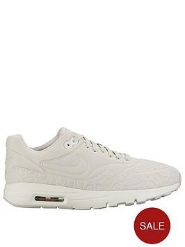 nike-air-max-1-se-plush-shoe-stone