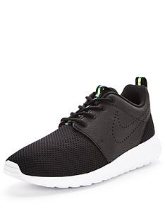 nike-roshe-one-premium-fashion-shoe