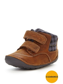 clarks-baby-boys-tiny-jay-strap-bootsbr-br-width-sizes-available