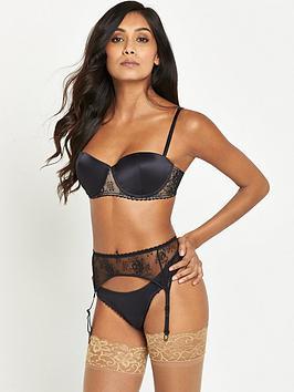 wonderbra-luxe-suspender