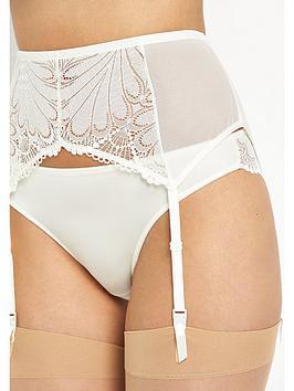 wonderbra-refined-glamour-suspender