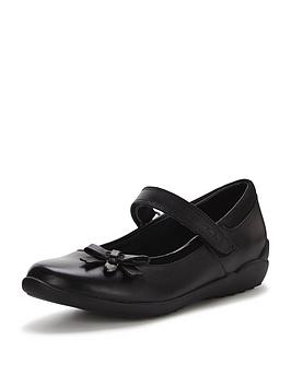 clarks-younger-girls-gloformsnbspting-fever-strap-school-shoesbr-br-width-sizes-available