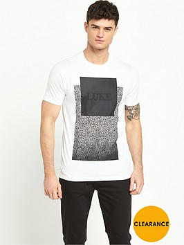 luke-slimneck-lion-tshirt