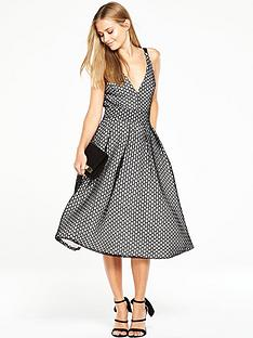 the-8th-sign-pentagon-full-skirt-dress-black-and-ivory
