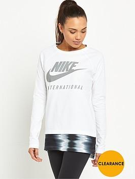 nike-international-ls-top