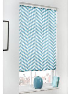 chevron-blackout-roller-blind-60x160