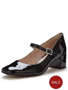 clarks-chinaberry-pop-mary-jane-shoe