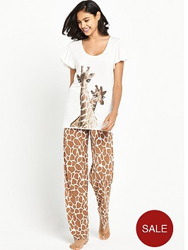boux-avenue-giraffe-pyjama-set