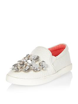 river-island-mini-girls-embellished-flower-plimsolls