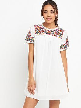 miss-selfridge-folk-embroidered-tee-dress