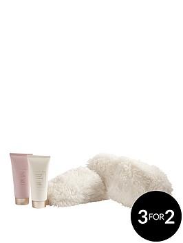 the-indulgence-collection-indulgence-slipper-set