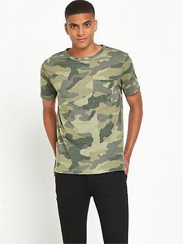 river-island-camo-print-pocket-t-shirt