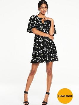 v-by-very-floral-printed-tea-dress
