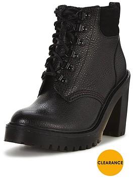dr-martens-persephone-fl-6-eye-padded-collar-boot-black