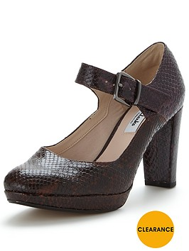 clarks-kendra-gaby-mary-jane-shoe