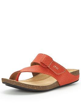 clarks-perri-coast-sandal