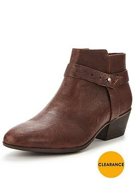 clarks-boylan-dawn-ankle-boot