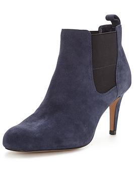 clarks-carlita-quinn-heeled-ankle-boot