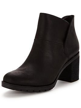 clarks-malvet-helen-ankle-boot-black
