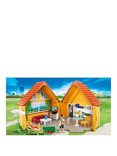 playmobil-country-house