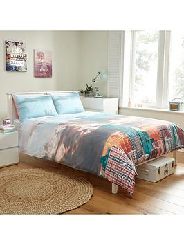miami-adventures-duvet-cover-set