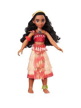 disney-princess-moana-fashion-doll-with-music