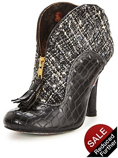 irregular-choice-bees-nees-boot