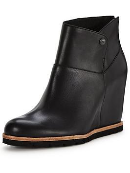 ugg-amalnbspwedged-shoe-boot