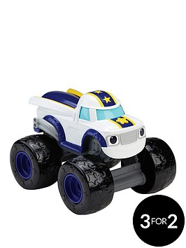 blaze-monster-machines-talking-darington-vehicle