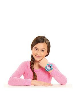 dreamworks-trolls-hug-time-bracelet