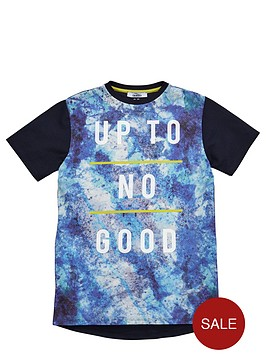 v-by-very-boys-up-to-no-good-textured-sublimation-t-shirt