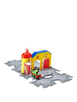 thomas-friends-thomas-take-and-play-railway-streamworks-tile-tracks-playset