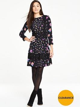 v-by-very-crochet-trim-printed-jersey-dress