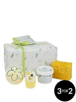 bomb-cosmetics-mellow-meadows-gift-set