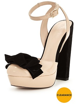 office-show-platform-sandal