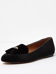 river-island-velvet-tassle-loafer