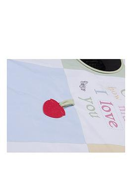 guess-how-much-i-love-you-tummy-time-activity-playmat