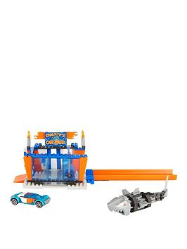 hot-wheels-mega-bloks-hot-wheels-small-feature-playsets