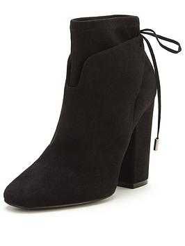 kendall-kylie-zola-suede-tasselnbspankle-boot